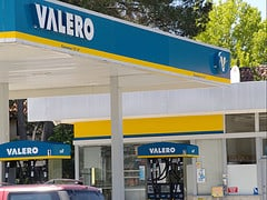 Valero Gas Credit Card: A Rewards Program To Avoid?