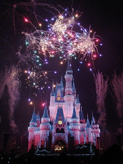 How I Plan to Take My Family of 4 to Disneyland on $1,536