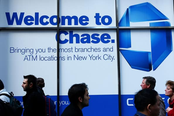 what is the late fee for a chase credit card?