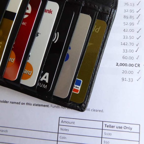 What Happens If I Only Pay The Minimum Payment On My Credit Card?